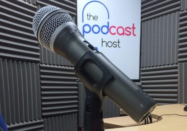 Samson Q2U, one of the Best Podcasting Mics
