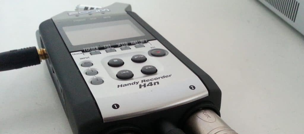 Podcast equipment: the recorder, a zoom h4n